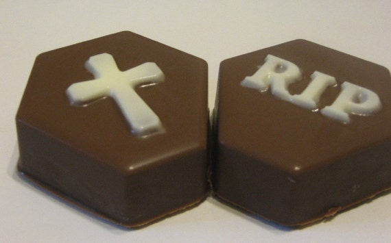 Tombstone cross and rip chocolate covered oreo sandwich cookies party favors