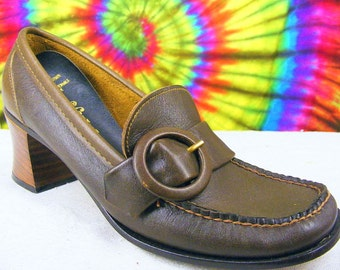 7-7.5 vintage 60's-70's brown leather Personality loafers pumps shoes NOS narrow