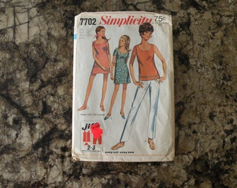 1968 Cut Vintage Simplicity Pattern 7702 Junior and Misses Jiffy Mini Dress or Blouse with Pants Size 12