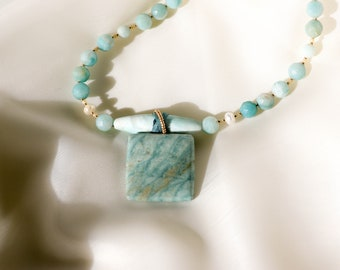 Modern Necklace, Teal Necklace, Stone Necklace, Ocean color Necklace, Jade Necklace, Pendant Necklace, Jasper Necklace, Sea Green Necklace