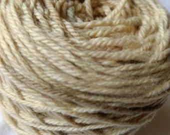 8 ply Merino 100 %, Hand dyed ( Rhubarb leaves ), yarn, 100 g