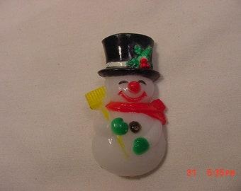 Vintage Plastic Snowman Brooch  18 - 819