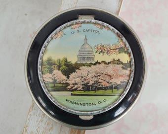 Vintage Souvenir Compact of Washington DC with US Capitol Image and Black Enamel