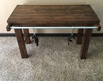 Restraint table