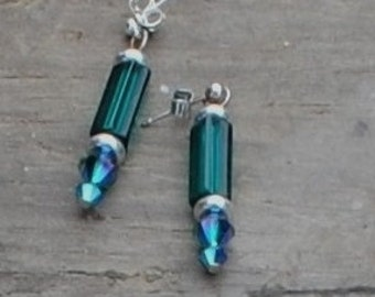Emerald tube earrings