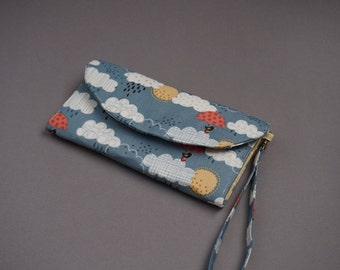 Rainclouds and Umbrella Wristlet Purse - Cute Birds Wallet for Ladies - 2018 New Collection Purse - Rainclouds Purses for Her