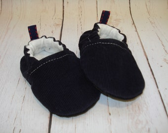 Navy Corduroy Baby Shoes, Baby Booties, Baby Slippers, Soft Sole Booties,, Vegan Footwear, Baby Moccs, Kickproof Booties, Crib Shoes