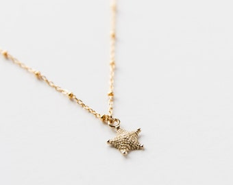 14kt Gold Starfish Necklace