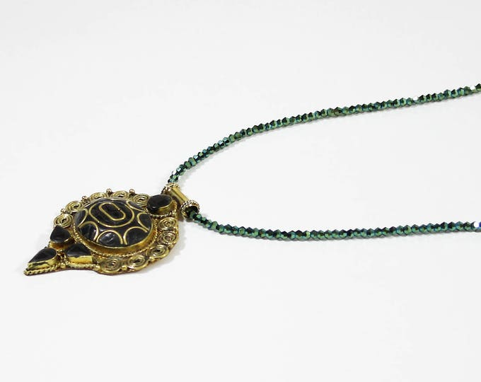 Green Crystal and ethnic pendant necklace