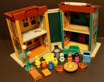 Vintage Fisher Price Little People #938 Sesame Street House 1974