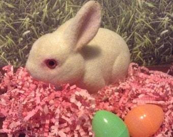 Vintage, Flocked White Bunny, Fuzzy Bunny, Rabbitt