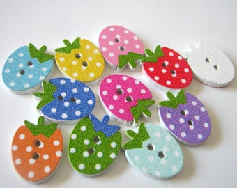 20 Strawberry Shaped Wood Two Hole Buttons, 16x12mm, Sewing Buttons, G1209