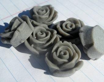 10 ROSE BUD Cabochons - 20mm - couleur gris clair