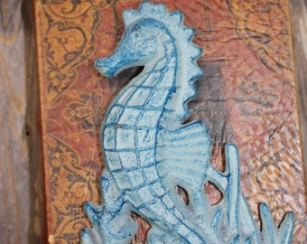 Seahorse Bookend, Ready for you to paint to the color of your choice, 8 inches tall, Free Shipping, Cast Iron N-28a