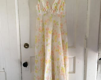 Vintage 1960s Floral Cotton Dress - Nightgown Style Soft Cotton Dress - Babydoll Maxi Dress