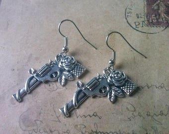 Pistol earrings ~ silver ~
