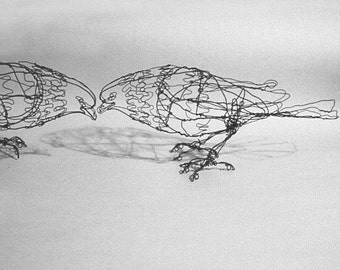 Standing Pigeon--Wire Drawing Sculpture art for pick up