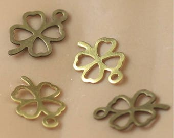 Set of 12 multicolor ref FP104 clover charm