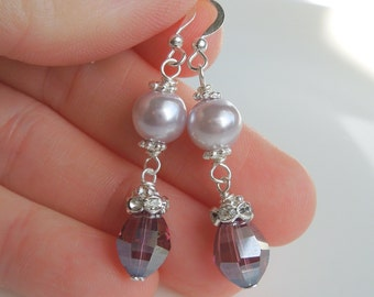 Lavender Crystal and Pearl Earrings - Iridescent Purple Crystals and Light Purple Pearls  - Bridesmaids Wedding Jewelry Gift
