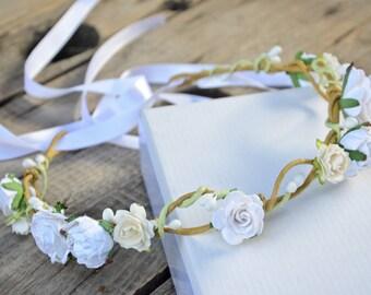 Romantic flower crown, White Bridal floral crown, Floral wedding crown, Wedding flower headpiece, Wedding flower crown, Boho wedding