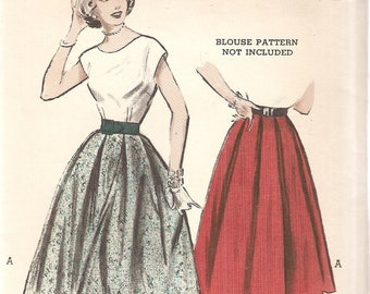 VINTAGE Butterick Sewing Pattern 6004 - Women's Clothes - Box=Pleated Skirt, Size 12