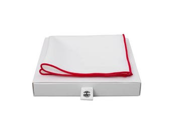 de MORÉ - edge pale red pocket square