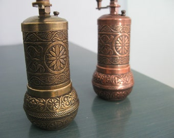 Coffee mill/ salt mill/ coffeee grinder /  pepper mill /antique home kitchen decor/ ethnic decor