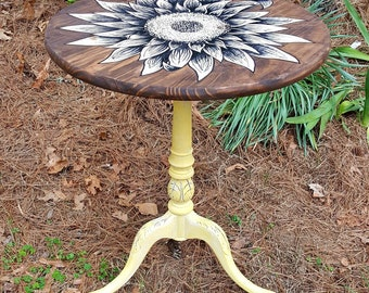 Hand Painted Sunflower Wood Antique Side Entry Table Yellow