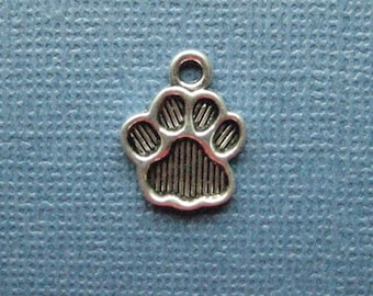 10 Paw Print Charms - Paw Print Pendants - Animal Charm - Paw Print - Antique Silver - 15mm x 11mm  --(No.137-11012)