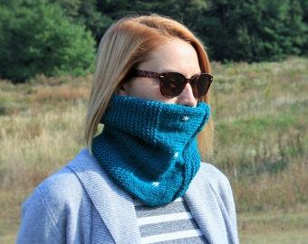 Dark Cyan Knit Neckwarmer / Fall Winter Neckwear / Petrol Blue Hand Knit Neckwear With Embroidered Stars