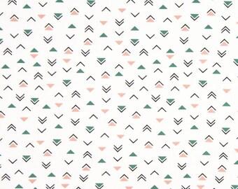 Poplin / TRIANGLE / designer cotton, cut 25cm