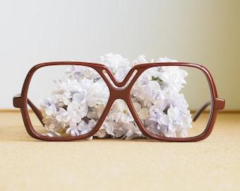 Vintage Silhouette Eyeglasses 1970s/Glasses/eyeGlasses/Frames Retro Disco New Old stock glasses Made In Austria Neat Design Chocolate Brown