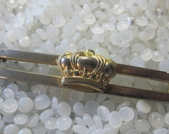 Vintage barrette, gold crown, royal crown