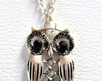 Hollow Owl Pendant Necklace Antique Silver Tone