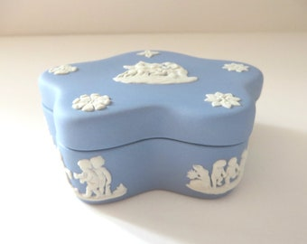 Wedgwood vintage  blue 1970's trinket box, Ring box, Jewellery box