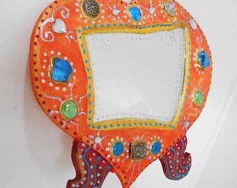 Vanity mirror 'orange heart' 27 x 24 cm high for the bathroom, bedroom, living room, it will bring a note