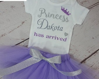 Baby Girl Coming Home Outfit,Newborn Bringing Home Outfit, Princess Has Arrived Girl Onesie, Baby Shower Gift, Purple and Silver