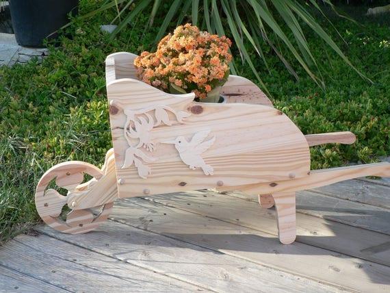 Petite brouette en bois pour d coration d cor colibri - Brouette bois decorative ...