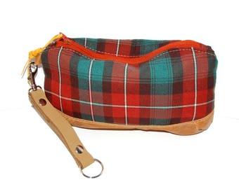 Tartan Clutch Case Wristlet, Plaid Wristlet, Leather Wristlet, Leather Clutch, Tartan Wristlet, Tartan Bag, Tartan Handbag, Plaid Handbag