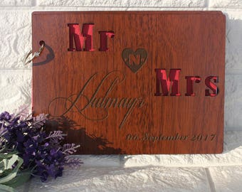 Rustic Mr and Mrs Name Wedding Guest Book,Customized Engraved Wooden Guest Book for Wedding,Country Wedding Decoration,Unique Guest Book
