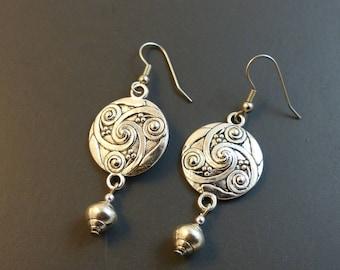♥ Earrings asymmetric Medallion silver ♥