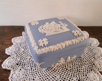 Lovely Wedgewood Jasperware Covered Box