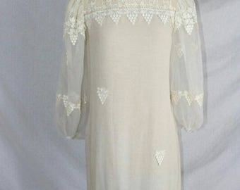 Vintage Linen Dress w/ Puff Sheer Lace Sleeves and Grape Detail