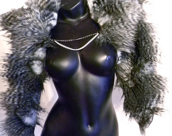 Faux Fur Cape with Chain closure - Style Eros