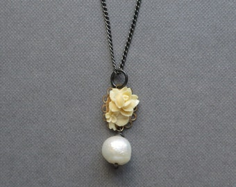 LAST ONE Vintage Style White Pearl Black Silver Necklace