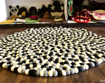 90 cm Black and white felt ball area rug for home Decor- Soft, Durable, Light and Bright-From Nepal