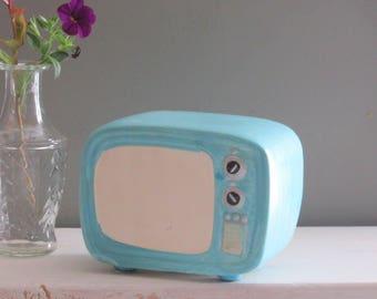 Vintage Art Pottery - Shelf Sitter - TV