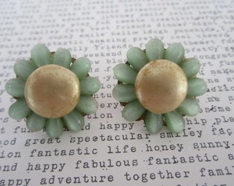 Vintage Costume Jewelry Jade Green Flower Jade & Brass Daisy Earrings Costume Screw Back Earrings
