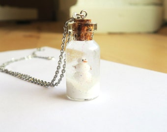 Snowman Snowglobe necklace - snowman necklace, snow necklace, winter necklace, christmas necklace, christmas jewelry