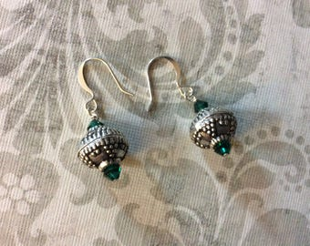 Green crystal silver earrings, green crystal earrings, crystal earrings, womens earrings, womens jewelry, handmade jewelry, gifts for her